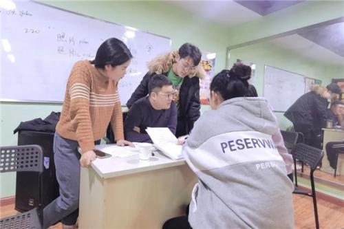 放下对唐山高中艺考培训班的偏见,看到他们舞台之下的尽力